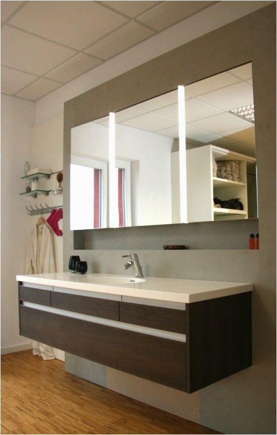 Badezimmerschrank Unter Lavabo Badmöbel Mit In Wand Eingebautem Spiegelschrank Wand In
