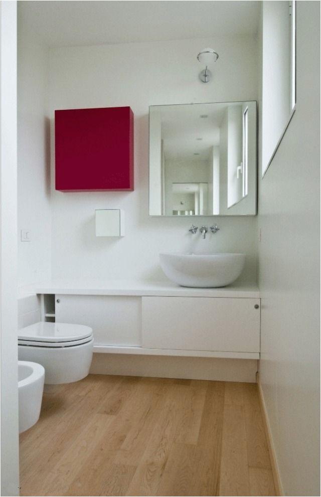 Kleines Badezimmer Schrank 42 Ideen Für Kleine Bäder Und Badezimmer Bilder