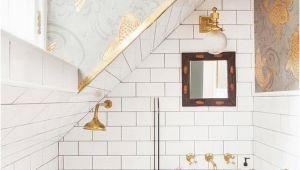 Badezimmer Ideen Gold Gray and Gold Bathroom