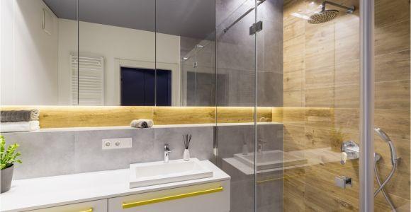 Großer Badezimmer Schrank Deko Ideen Kleines Bad