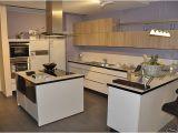 Küchentisch Nobilia Preis Nobilia Musterküche Moderne L Küche Mit Glastresen Und