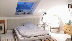 Schlafzimmer Einrichten Und Dekorieren Diy Palettenbett Für Einen Gemütlichen Schlafbereich Diy